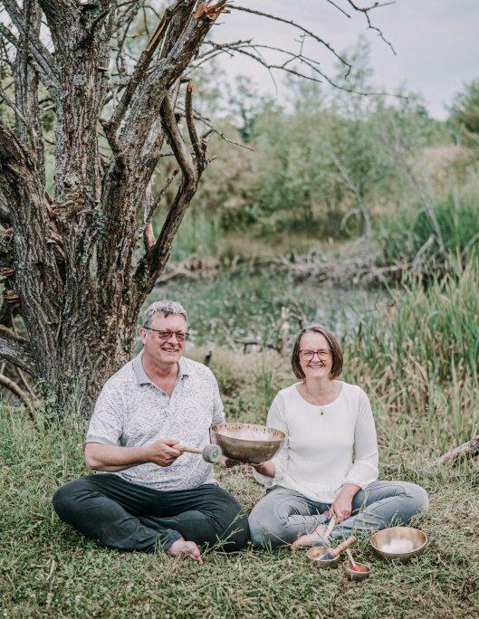 Frank und Christina Plate von ABATON Vibra - Klangschalen-Kompetenz seit 1993